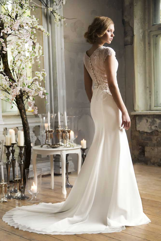 Main Wedding Dress Styles: Choose the Most Suitable One
