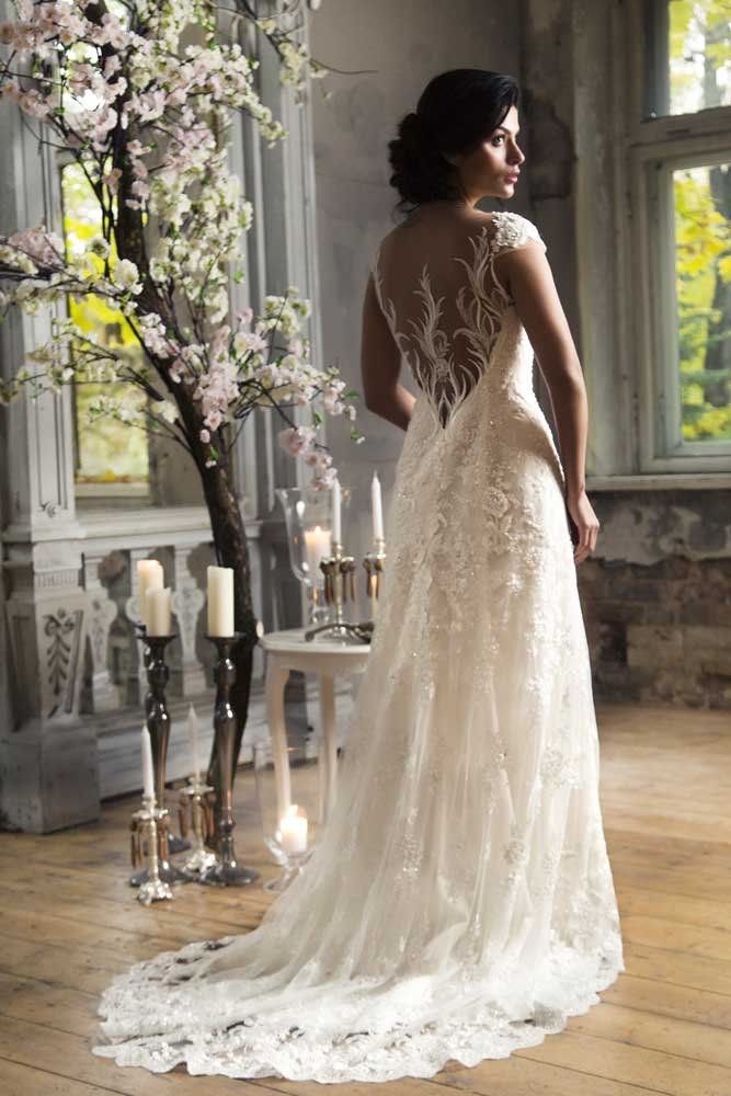 Wedding Dress Outlet: Why It is Crucial to Select the Right One