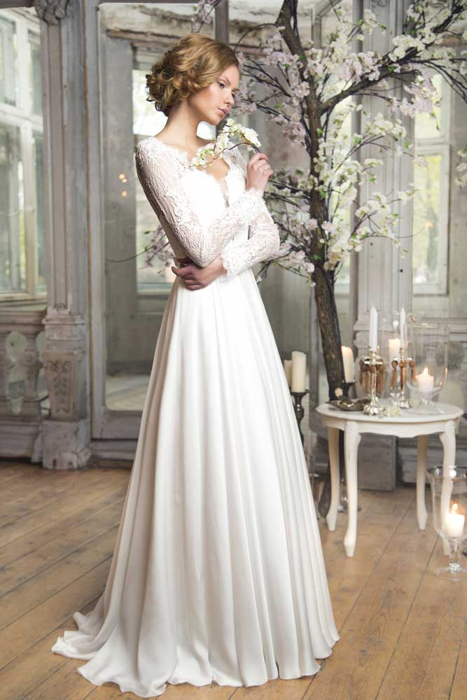 ivory wedding dress with sleeves