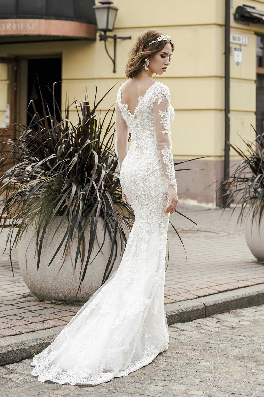 c3ac23465b6 Wedding Dresses in London Made to Allure   Stand Out